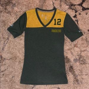 Nike Green Bay Packers Aaron Rodgers v-neck tee